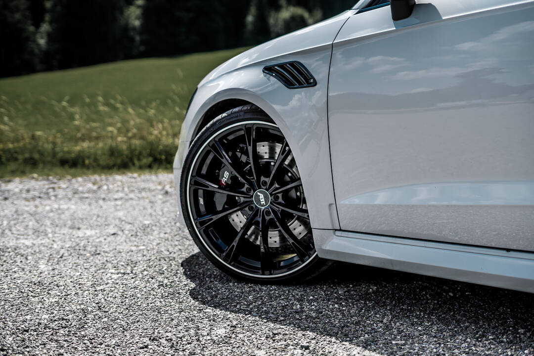 """""""Edelweiss"""" with 500 HP and the NEW 20-inch GR rims: the ..."""