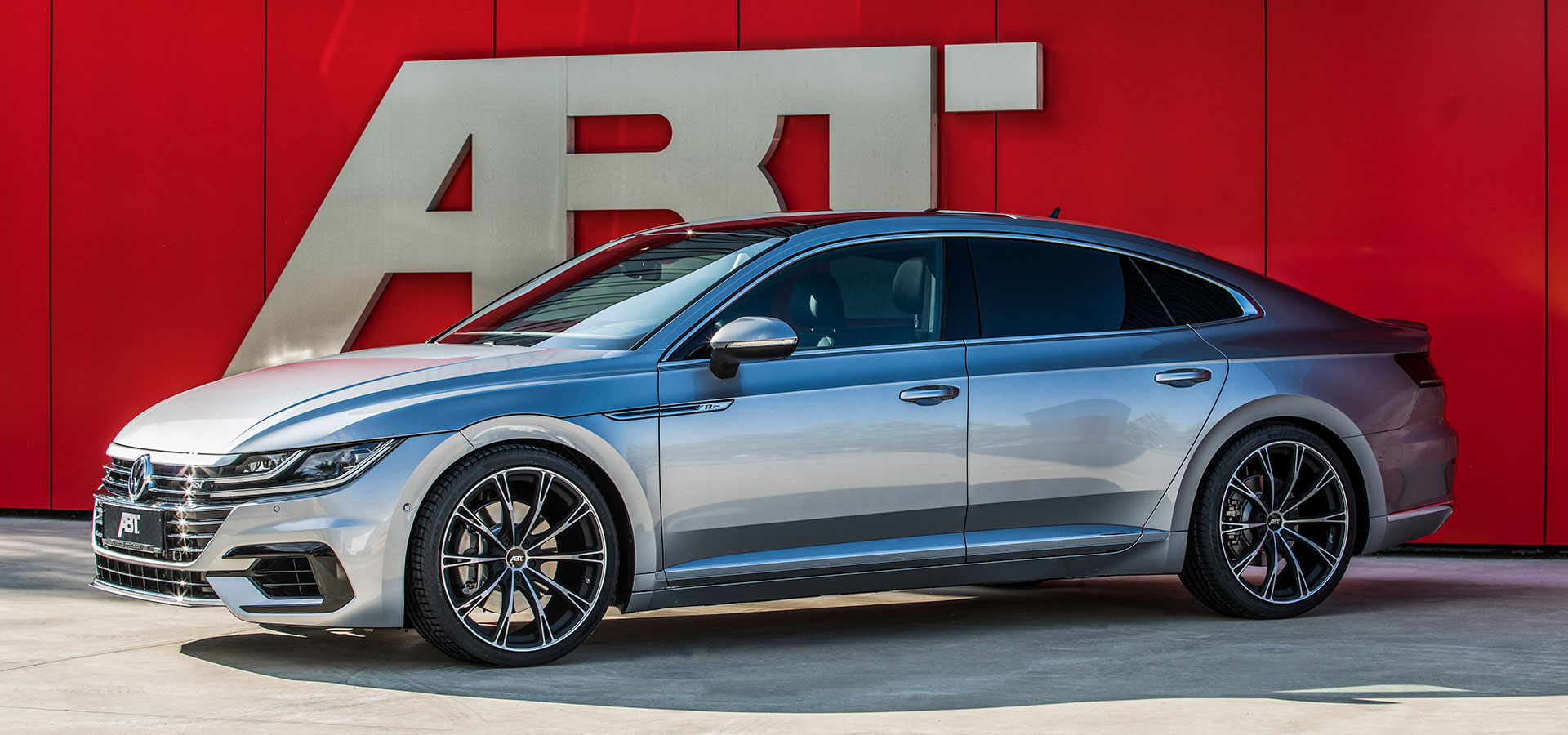 For VW dealerships and country importers, ABT Sportsline has already  developed and built several special sports models.